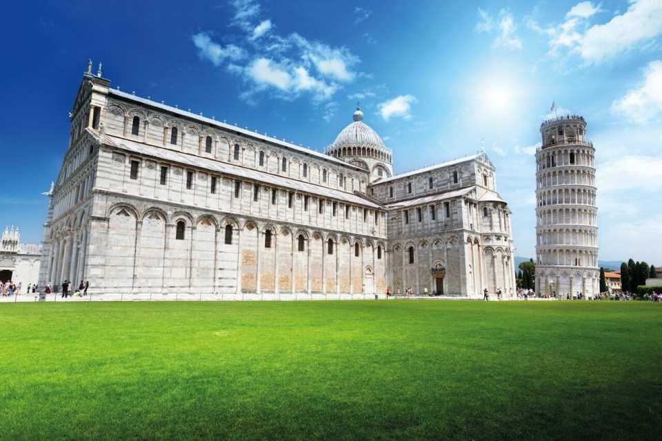 【フィレンツェ発】イタリア・トスカーナ1日観光ツアー:ピサの斜塔・シエナ...