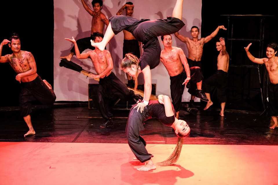 【柬埔寨太陽馬戲團】暹粒 Phare Circus 雜技演出票券