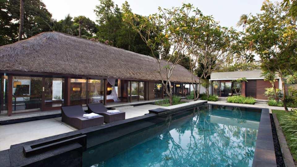 峇里島肉桂別墅住宿 Kayumanis Jimbaran|漂浮早餐與燭光晚餐
