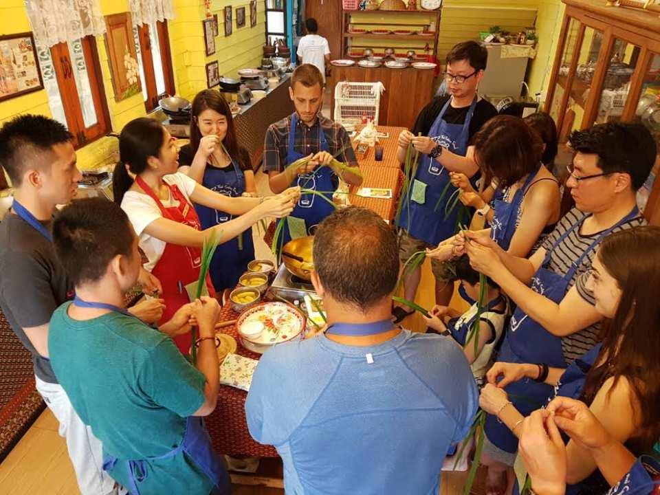 曼谷廚藝教室推薦:藍象Blue Elephant KKday Sompong 泰式廚藝學校 上課實況Thai Cooking School